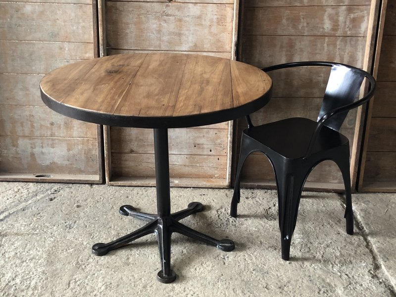 Ref. 906 | Table parasol