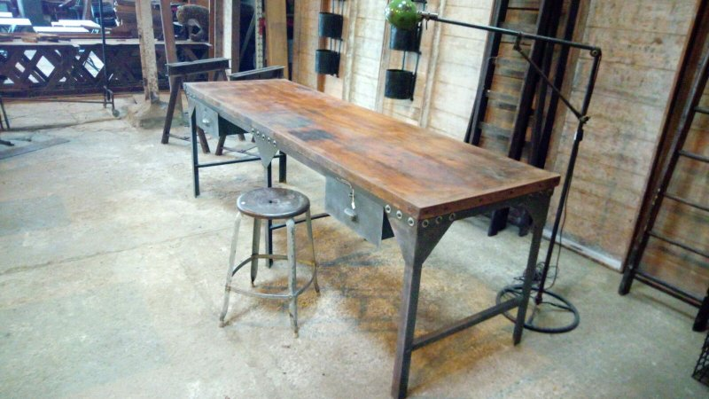 Ref. 500 | Industrial long table
