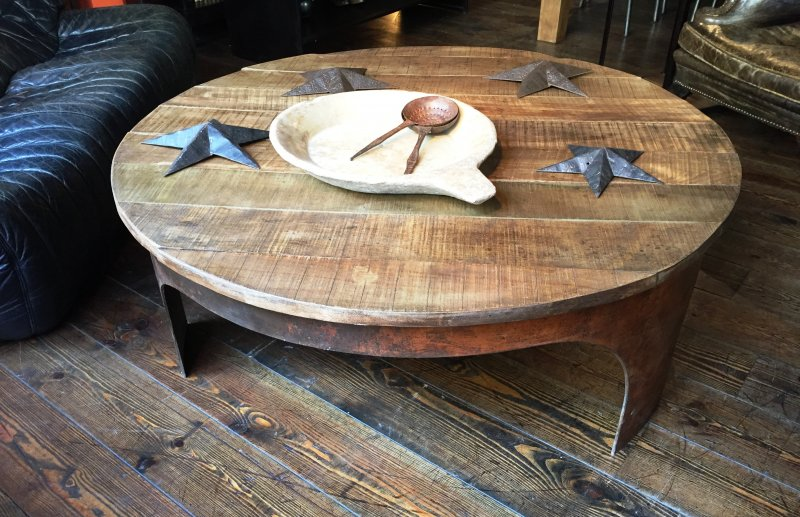 Ref. 566 | Metal and wood round coffee table