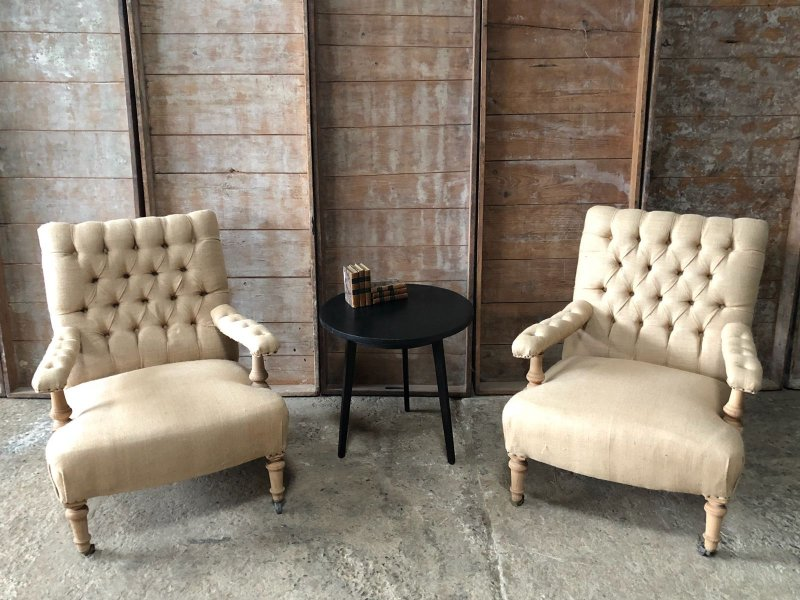 Ref. 920 | Pair of armchairs with burlap